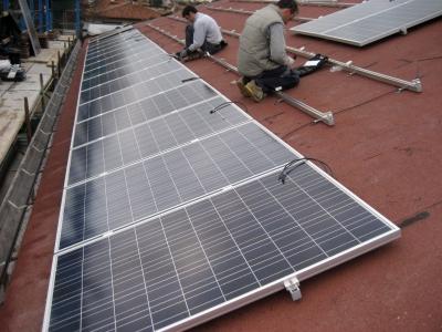 Posa dei pannelli fotovoltaici